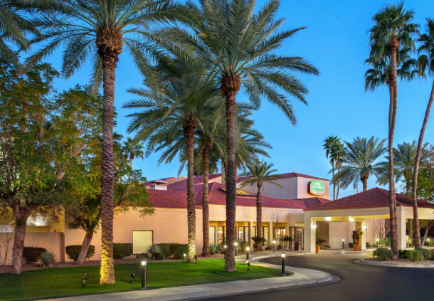 Courtyard Phoenix Marriott